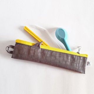 New iron ash shark fin / shark comes with environmentally friendly cutlery bag / single / pure gray shark