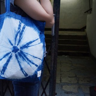 Indigo Hand-dyed Cotton Shopping Bag - ビニール