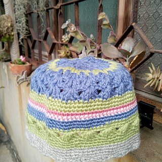 Maruna's flower crocheted melon cap 100% WOOL