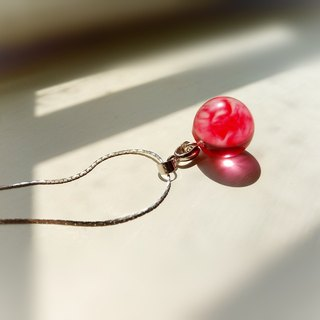 Red Berry Cloud Crystal Ball Clavicle Necklace