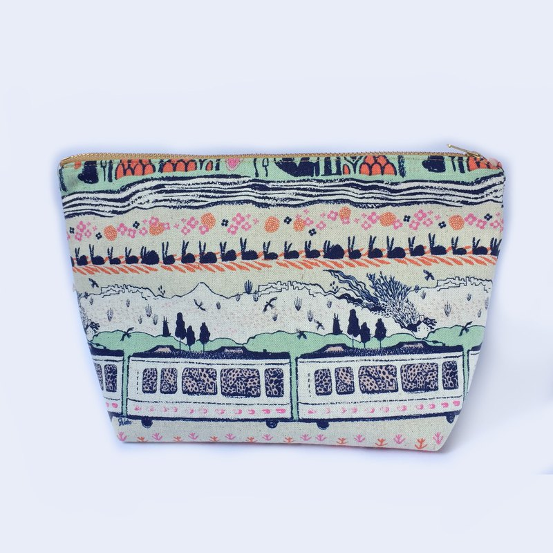纯棉化妆包/杂物包 Canvas Large Zipper Pouch,  Scenic Train Mountains