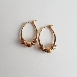 Hand made ring ring Brass • Earrings