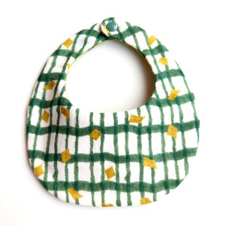 f six-layer yarn bib pocket - tea green gold foil x matcha pearl