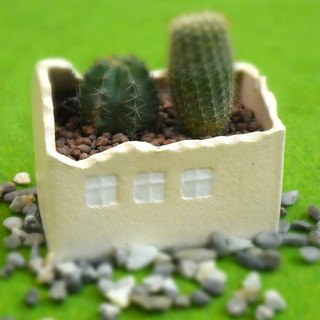 [good] beige ceramic house lengthened _ flower _ pen holder _ storage _ table decoration _ Tao house
