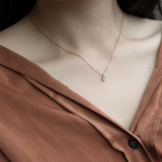 Three claws inlaid with the top drop moonstone necklace - rose gold