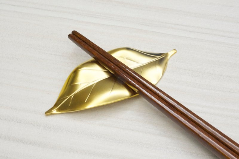 Leaf type stainless steel chopstick holder gold