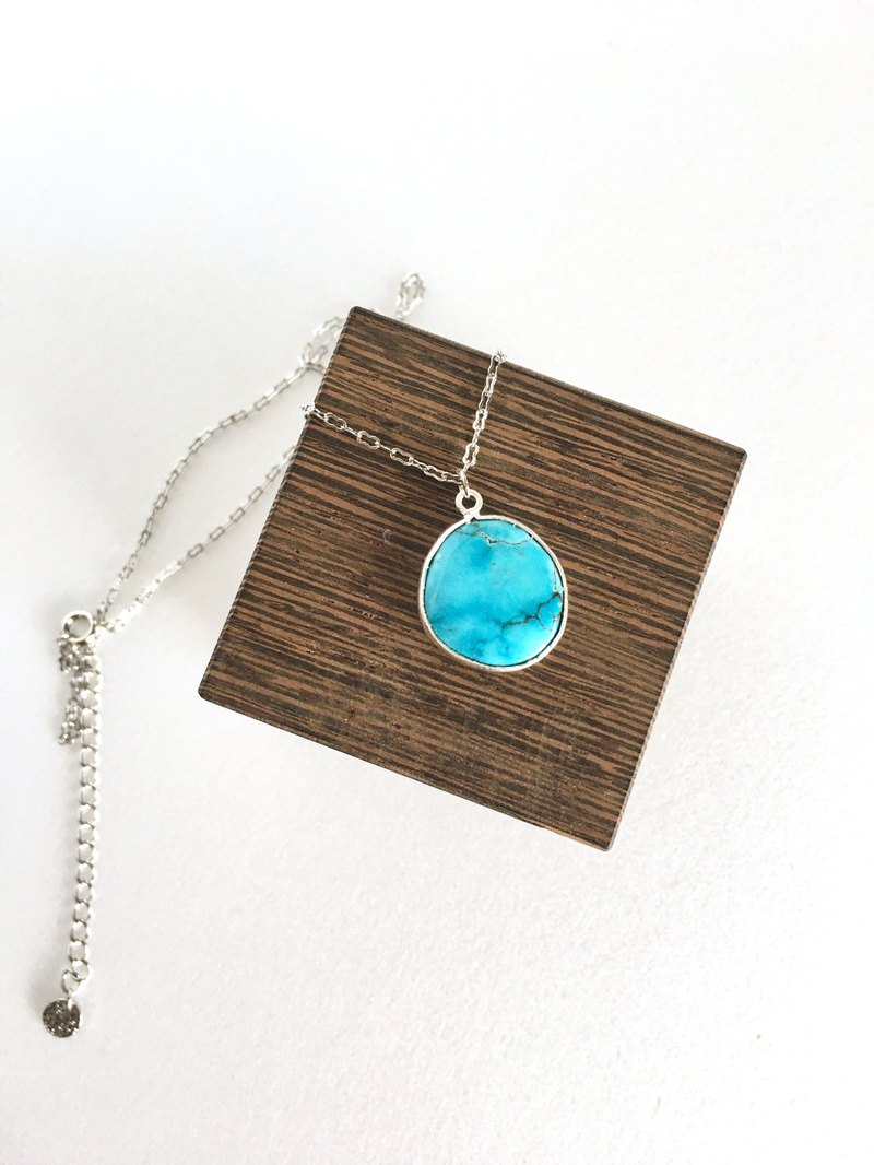 Arizona blue Turquoise brass necklace silver