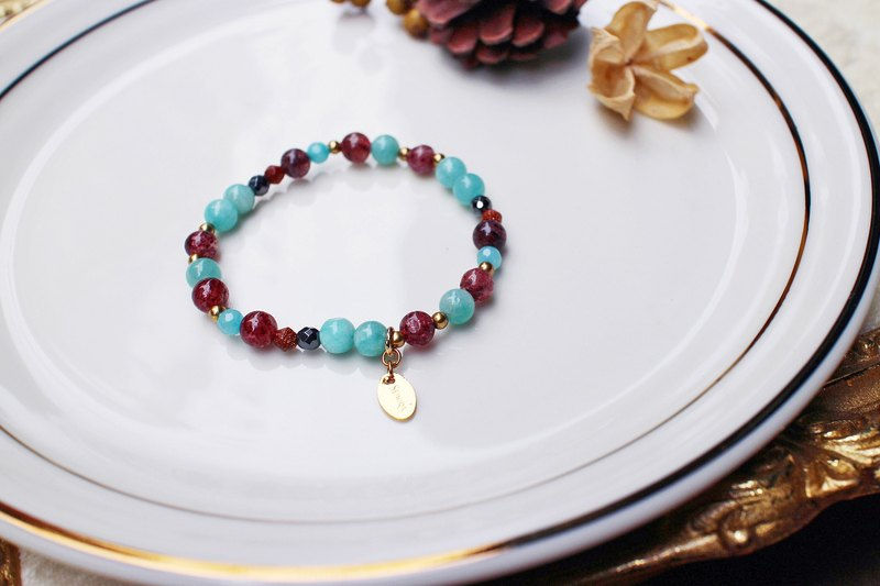 <Slow and warm natural stone series>C1143 Tianhe Stone Strawberry Crystal Bracelet