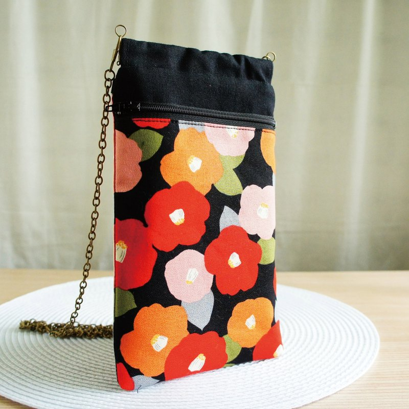 Lovely [Japanese cloth] Camellia oblique back mobile phone bag, pencil case, glasses bag, mobile phone bag plus