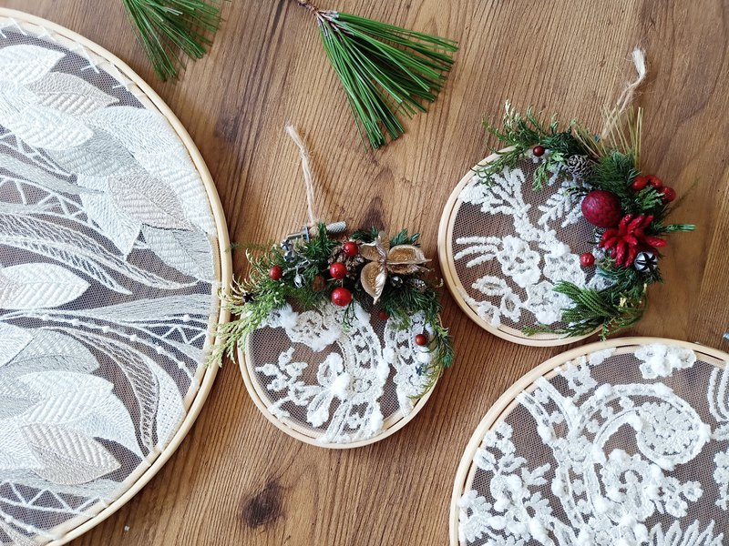 Christmas Dream Catcher / Christmas Gift / Exchange Gift / Christmas Wreath / Christmas Pack Small