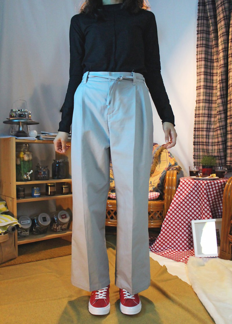 Multi-pleated wide trousers - light grey