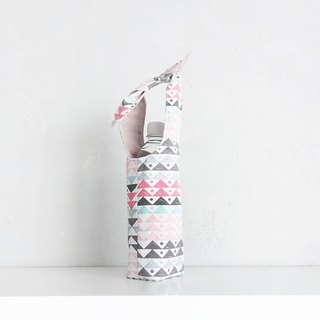 """Rabbit"" Bottle Carrier"