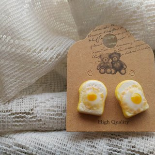 Poached egg toast earrings