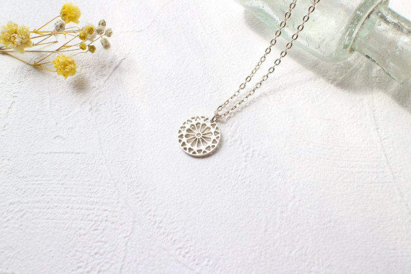 Flower window-Silver necklace
