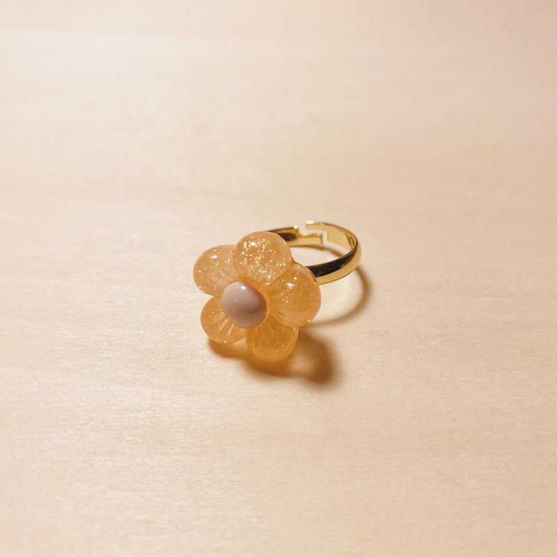 Retro Orange Fatty Flower Ring