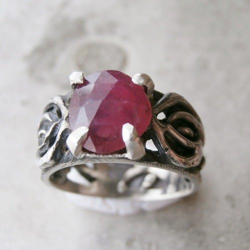 Ruby and rose ring