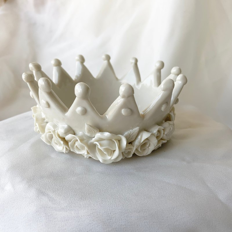 Ceramic crown