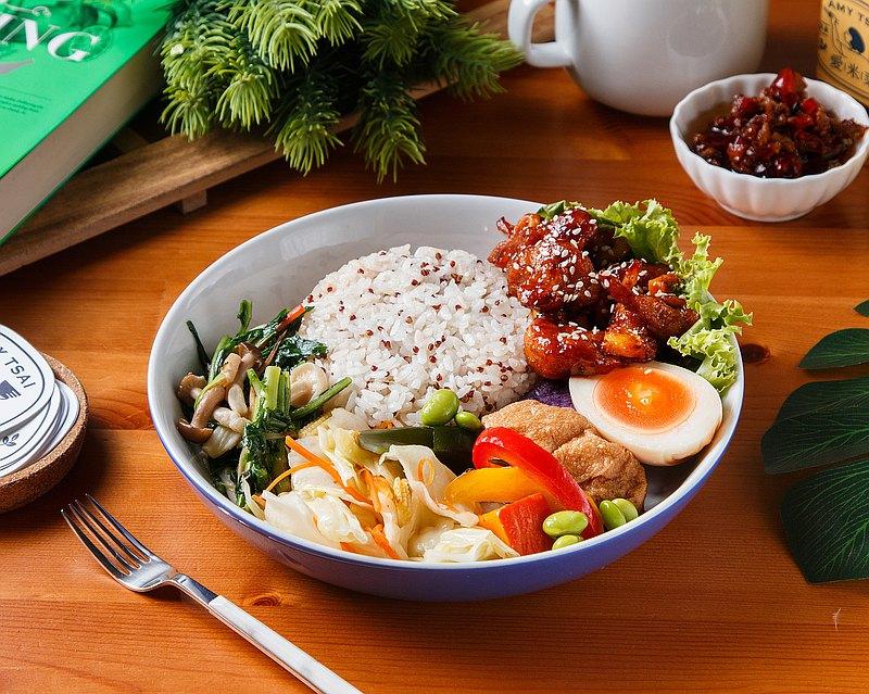 愛米菜・歐爸韓式炸雞蔬食套餐
