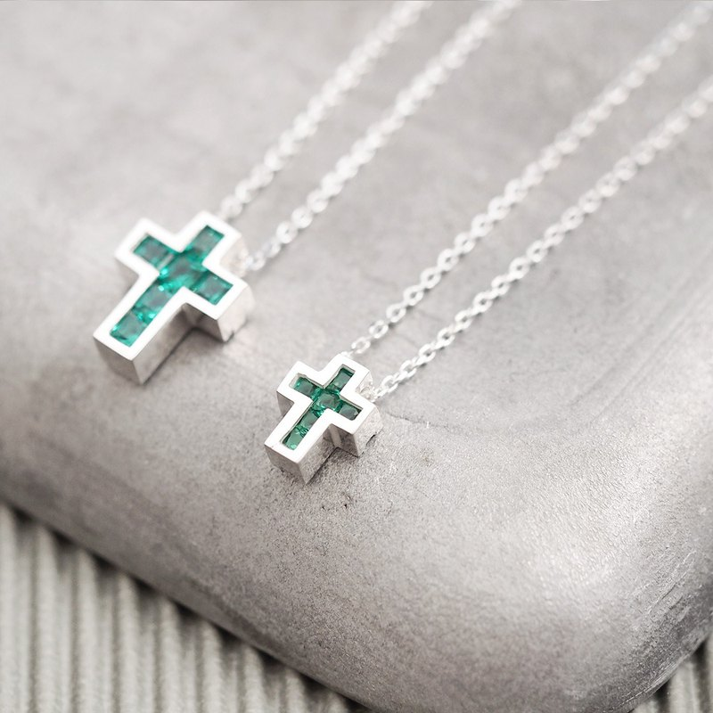 2 co set) Emerald Cross Pair Necklace 925 Silver