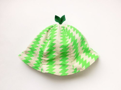 SALE!  Grow Up! Leaf Hat for Baby & Toddler /ZigZag Green Thunder
