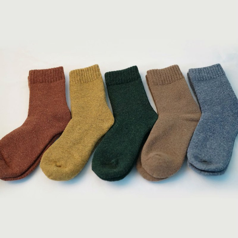 8 colors PANTON color winter warm super thick rabbit wool terry thick socks to summon the dragon