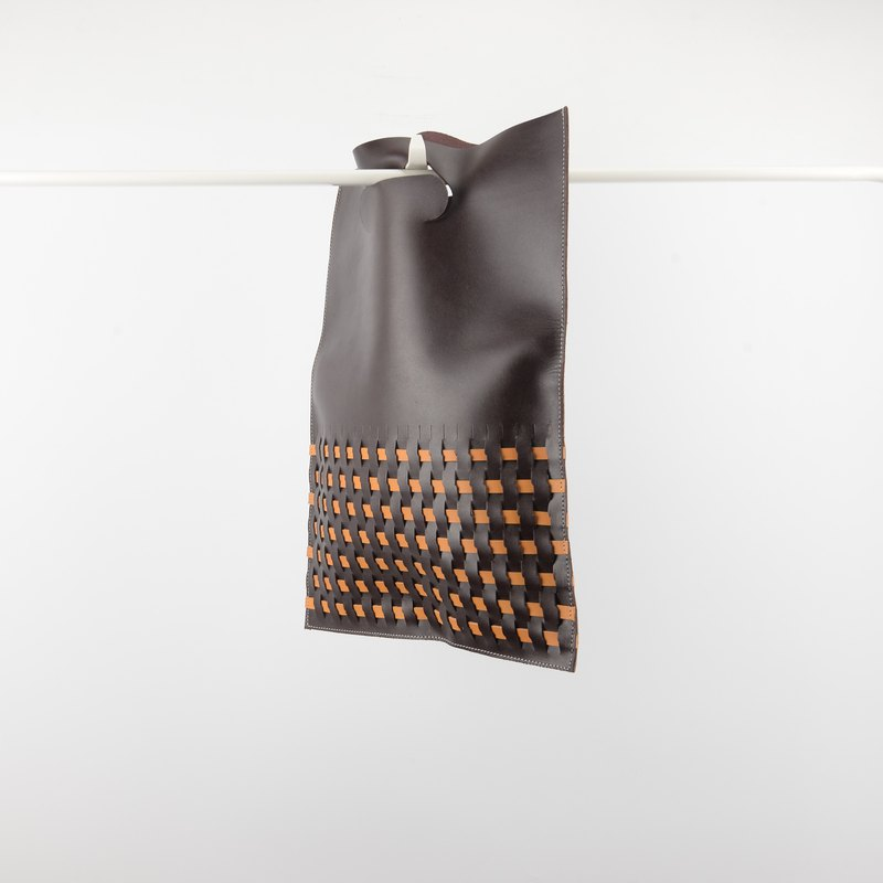 Weave leather clutch bag in dark brown