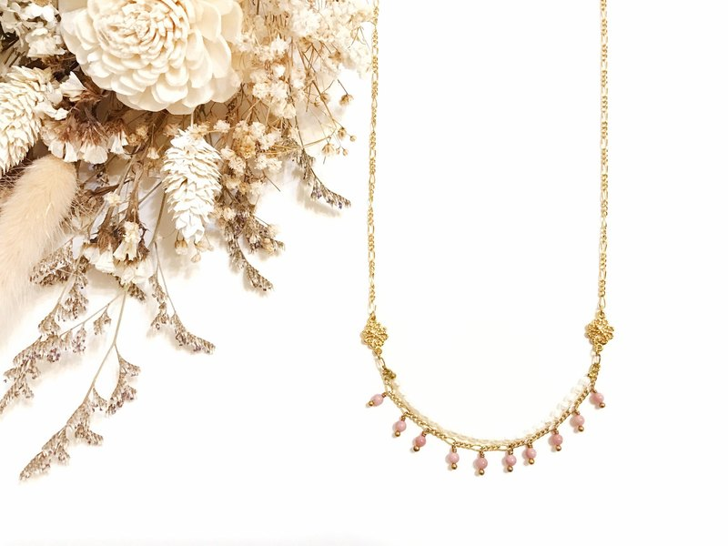 Classical gold inlay ‧ pearl ‧ pink wood fossil ‧ gold-plated necklace