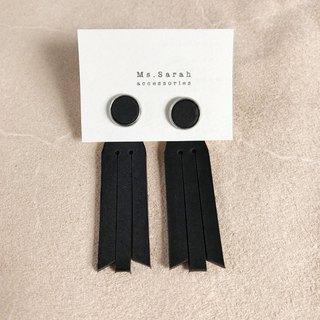 Leather earrings_ Round frame No. 8 works #10_Fringed models_Black (can be changed)