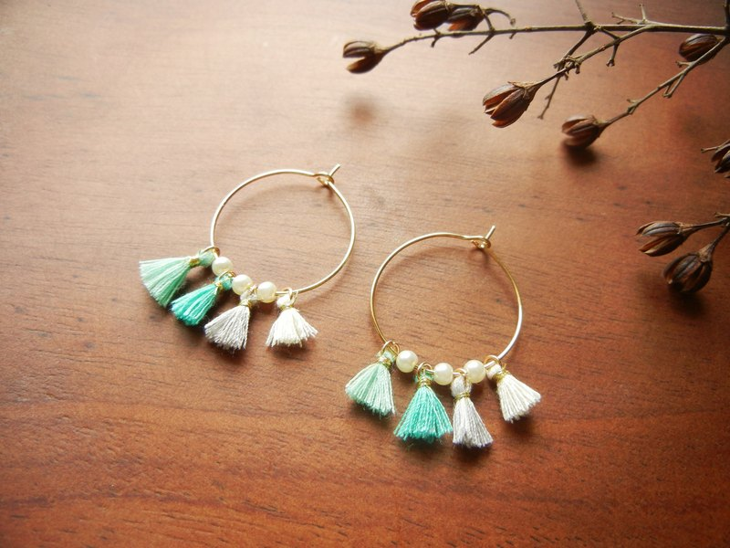 *Coucoubird*m you tassel earrings round