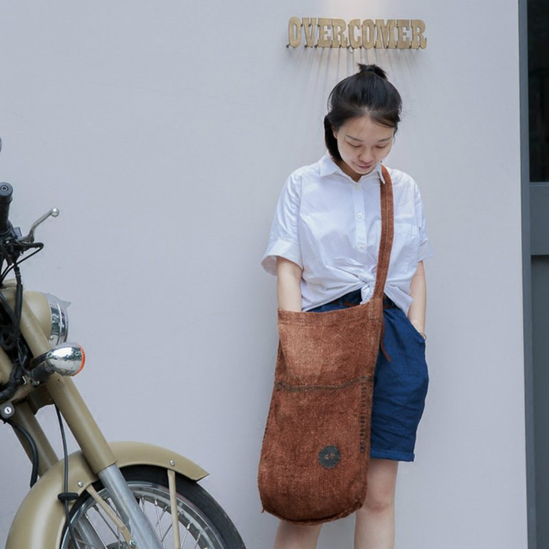 Wandering series | limited edition caramel color ancient cloth coarse sack bag tote bag boyfriend Boyfriend wind