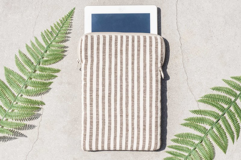Limited a birthday gift Chinese Valentine's Day gift i-pad protector / ipad / tablet ipad / hand weaving storage bag / national wind bag / i-pad bag-coffee latte stripe world