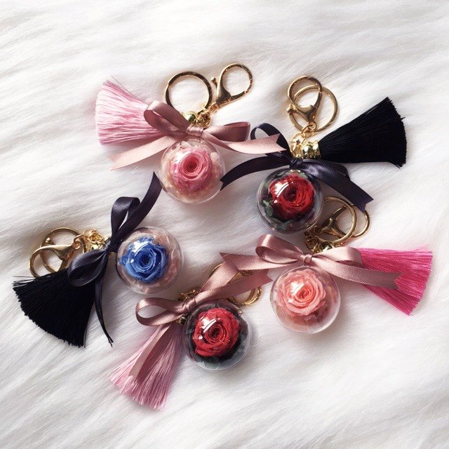 4cm - 5cm Single Eternal Rose Ball Keyring Christmas Gift Collection Customized Letter Tag