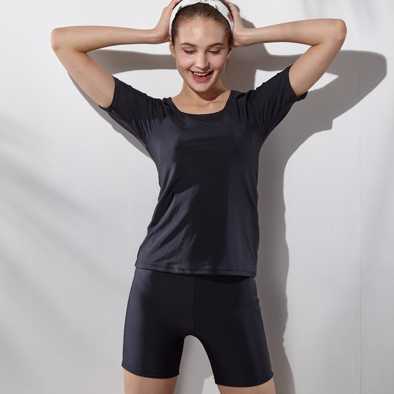 Plain basic short-sleeved two-piece swimsuit (with pad and swim cap)