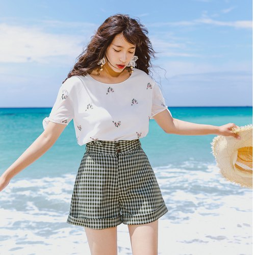 Anne Chen 2018 summer dress embroidered T-shirt high waist curling shorts suit