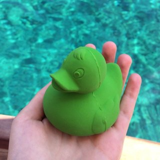 Spain Oli & Carol | Classic Mini Duck - Green | Natural Non-toxic Rubber Gutta / Bath Toys