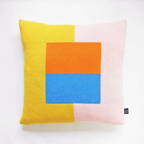 studio chiia- Geometric Knit Cushion Cover