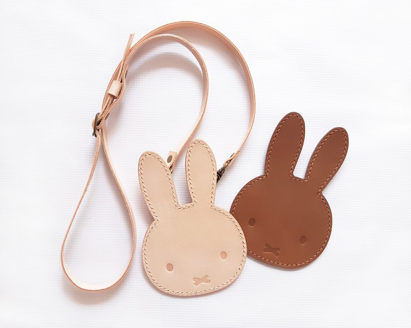 Miffy x Hong Kong-made leather Miffy rabbit rabbit-shaped leather material package ID card holder