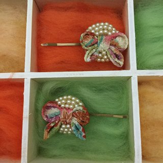 Thinned ribbon and pave pearl hairpin