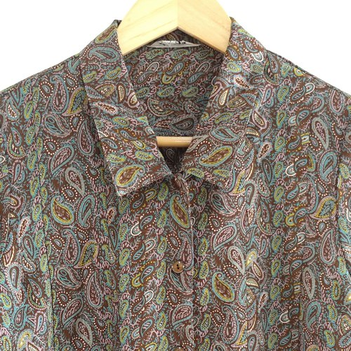 │Slowly│ Carnival - vintage shirt │vintage. Vintage. Literature. Made in Japan