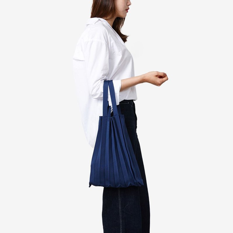 PLEATS MAMA Knit Pleats_Tote (Navy)