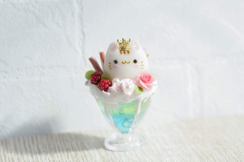 :│Sweet Dream│:White jade kitten berry sundae bubble ice / bag hanging ornaments / pure ornaments / gifts
