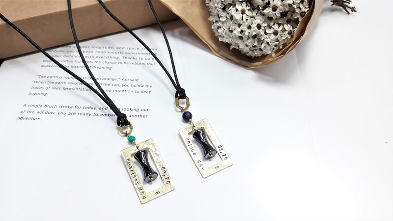 [couple group V custom lettering irregular beat brass box black gallstone leather rope pair chain Valentine / Christmas