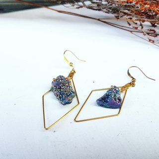 Exclusively sold in rainbow-colored quartz stone-shaped copper hand made _ earrings