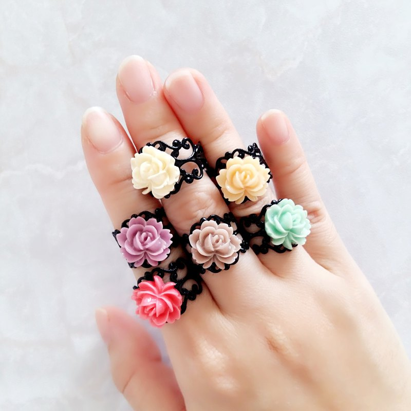::Fairy Garden Series :: Flower Cutout Adjustable Ring Bohemian Style