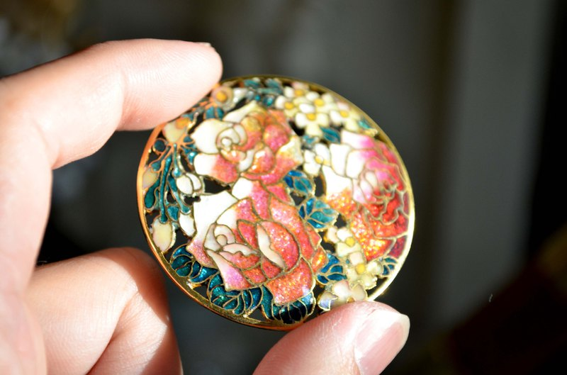Super Gorgeous Japanese Tonghua Handmade Enamel Peony Metal Brooch
