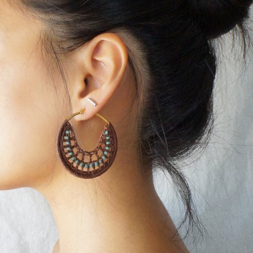Hand-woven earrings bohemian holiday style brown