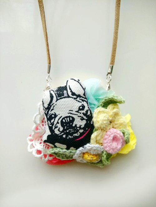 Puppy flower necklace plus lapel pin dual-use