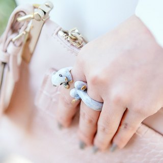 Floral white ferret ring