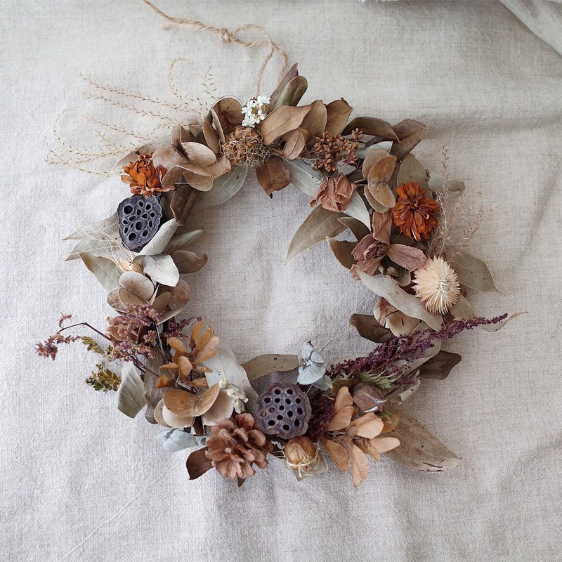 / Nature's breath natural dry wreath /