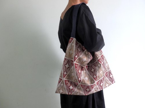 【Order Production】 Shoulder bag made from handle / Red
